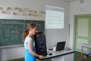 Im Workshop haben die Schülerinnen und Schülerinnen der Ellen-Key-Schule Grundlegendes über Photovoltaik, Solarthermie und Windkraft gelernt Foto: Berliner Energieagentur GmbH