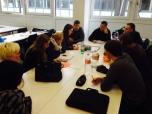Die Studentinnen und Studenten der HWR diskutieren, wie die Faktoren Mensch, Wirtschaft und Politik einbezogen werden müssen, um das Ziel der klimaneutralen Stadt bis 2050 zu realisieren. Foto: Berliner Energieagentur