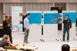Die in den Ausschüssen entwickelten Forderungen wurden anschließend vor den anderen Teilnehmenden im Plenarsaal vorgestellt. Foto: Berliner Energieagentur