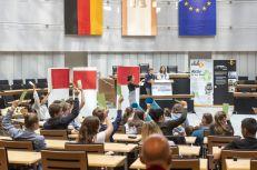 Abstimmung: Nur eine Forderung wird abschließend mit den Politikern diskutiert. Welche schafft es in die nächste Runde? Foto: © Berliner Energieagentur, Dietmar Gust